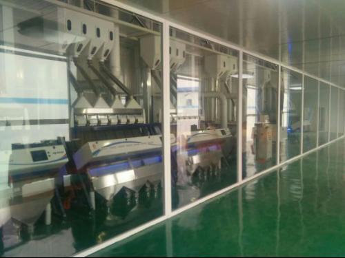 吉林实现全封闭式大米无人工全自动化生产