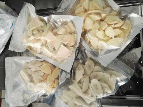 食品真空冷冻干燥机:果蔬冻干与真空低温油炸的优缺点对比