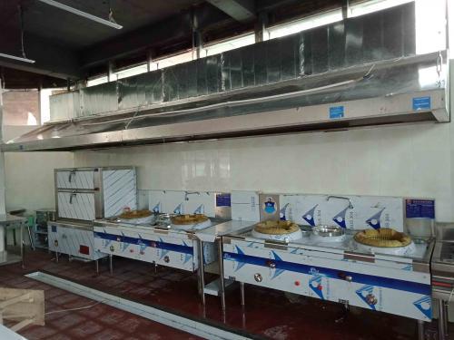 厨具营行负责的榆次阿瓦山寨厨房排烟通风工程完工了
