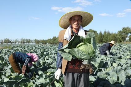 康师傅荣获第十二届人民企业社会责任奖年度扶贫奖