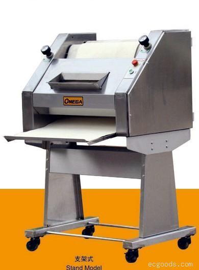 法棍整形机 河北欧美佳食品机械有限公司食品机械 食品设备 食品机械高清图片