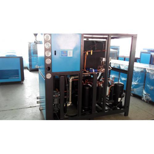 水箱式冷水机选型