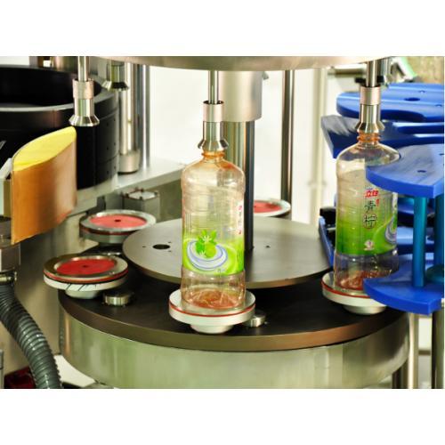 洗洁精热熔胶椭圆瓶贴标机